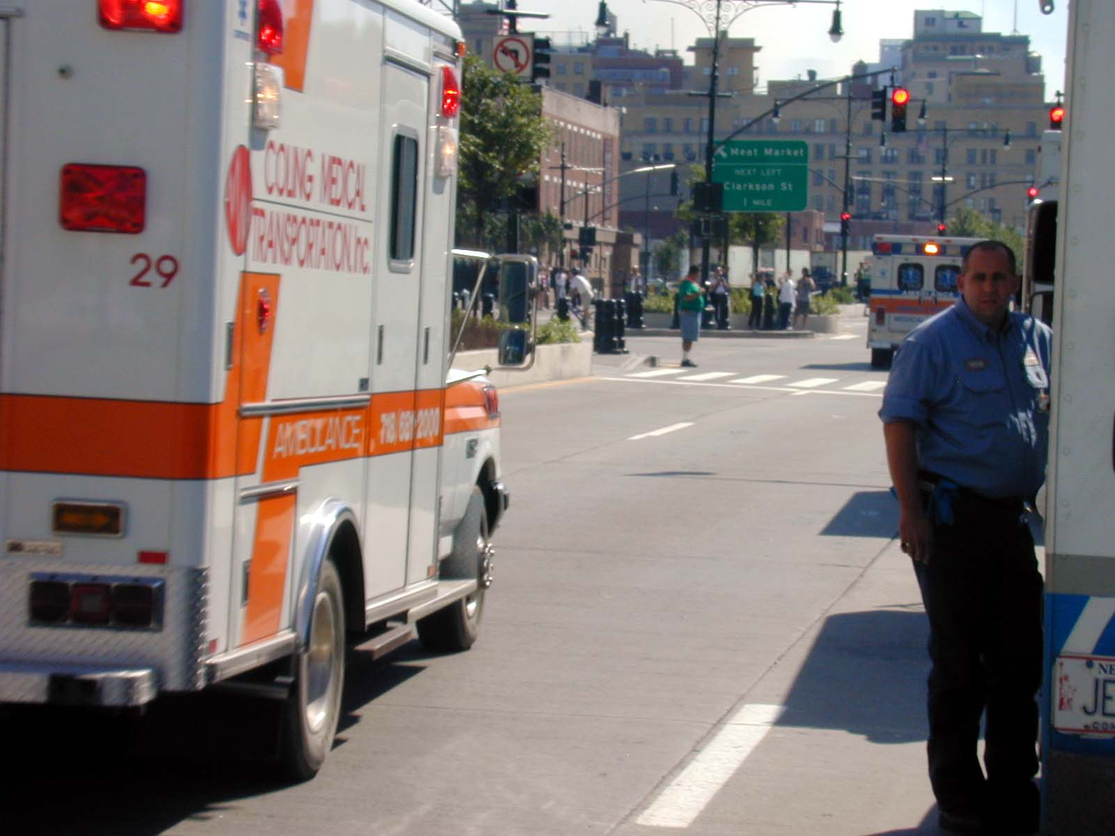 088 - Thu 1PM - more ambulances take off for downtown
